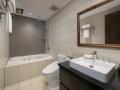 803 (4)-bathroom